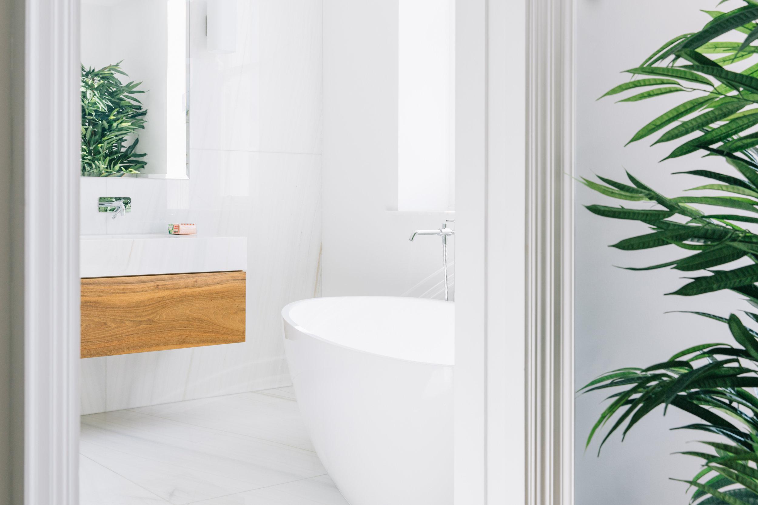 The_Wetherby_011_bathroom.jpg