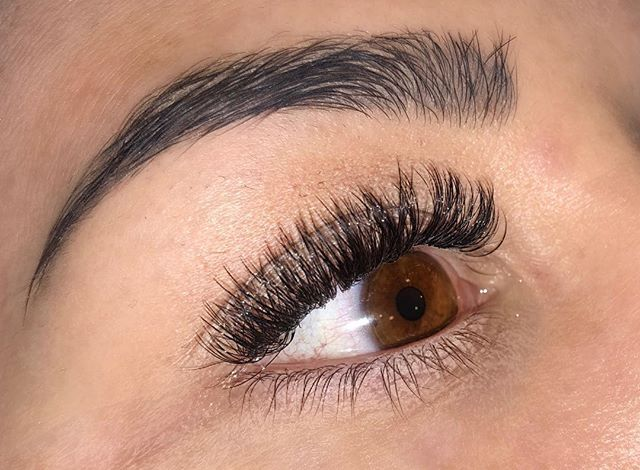 NEW! Our latest lash treatment! Russian volume! This treatment is ideal for people who want that extra volume from their lashes!  Priced at £75 | 2 week infill £30 | 3 week infill £35 #russian #russianvolume #russianvolumelashes #lashes #nouveaulashed @nouveaulashesuk @london_lash_pro