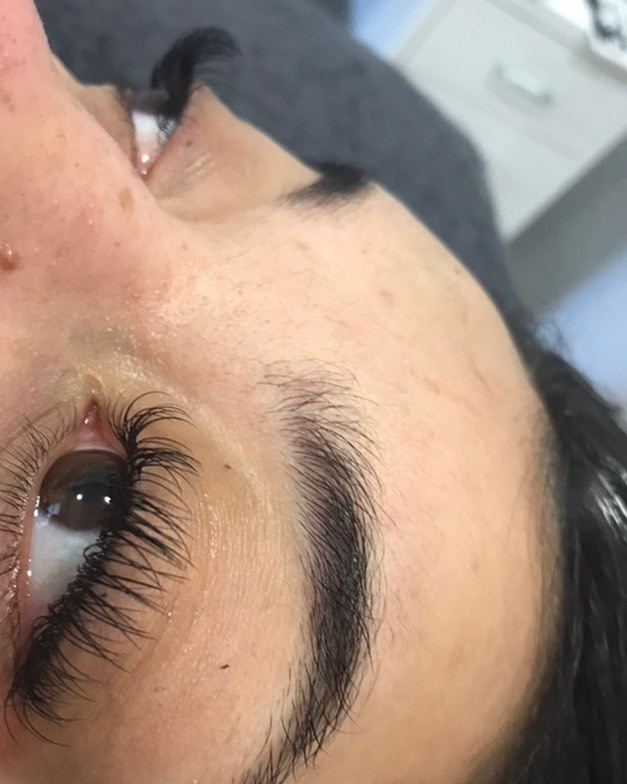 NOVEMBER OFFER✨ £35 for Individual lashes with our new girl Carmen... Call or text 07711997019 to make an appointment! #reducedprice #classiclashes #eyelashextensions