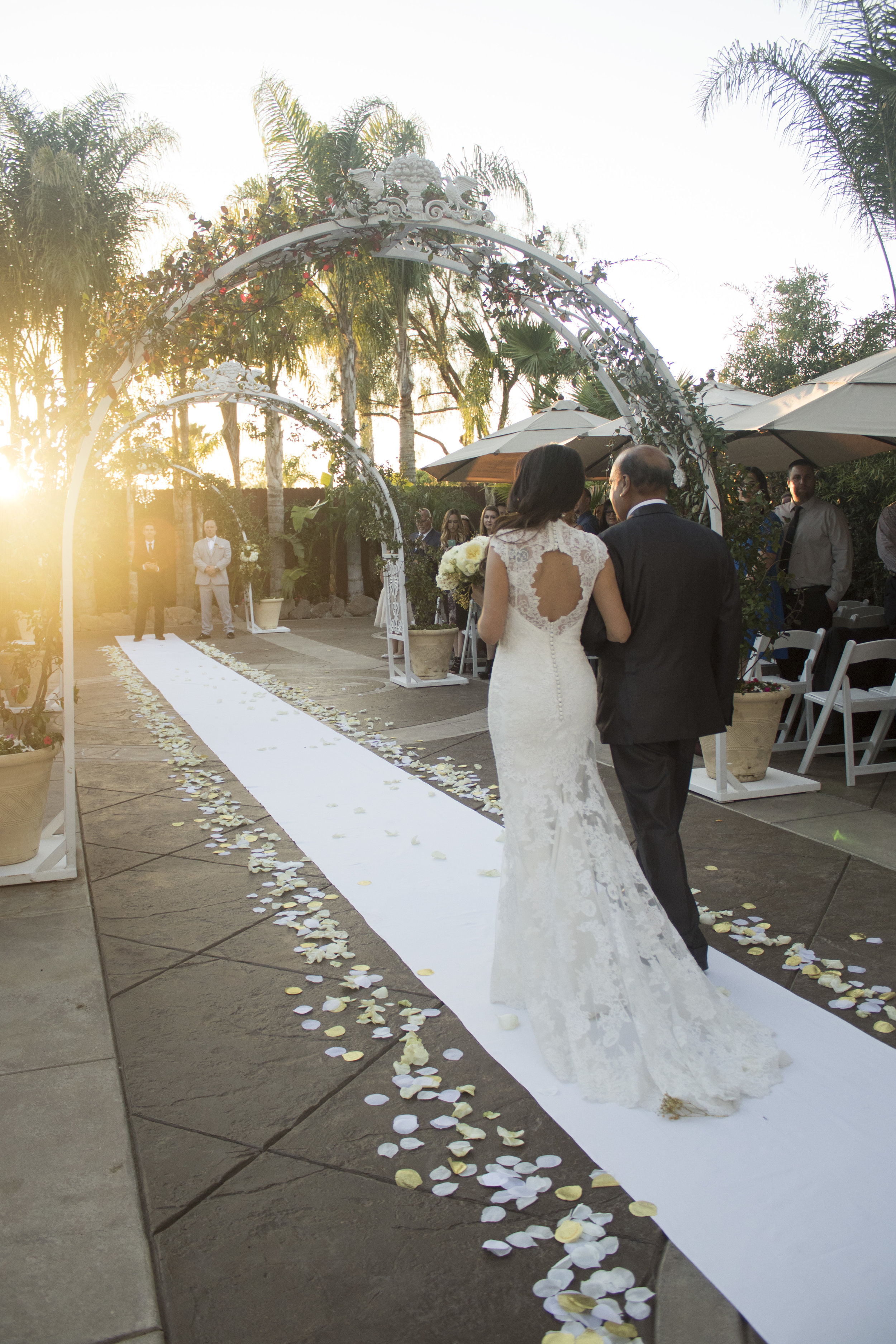 17_Rob_Wedding_Ceremony_008.jpg