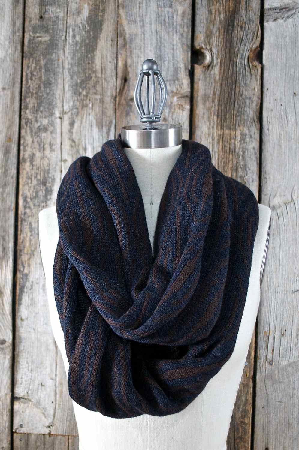 In the shop now - MIDNIGHT, another Infinity Scarf hand-loomed in the MORAY design using Peruvian Alpaca & Silk yarn.