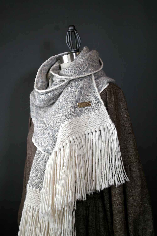 alpaca scarf.jpg