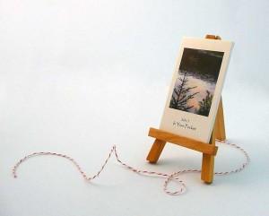 miniature art calendar with easel