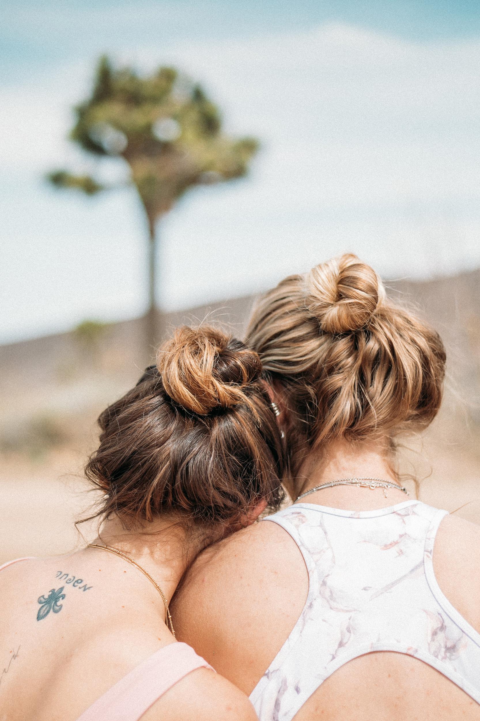 Joshua Tree Yoga Retreat Friendship Photography