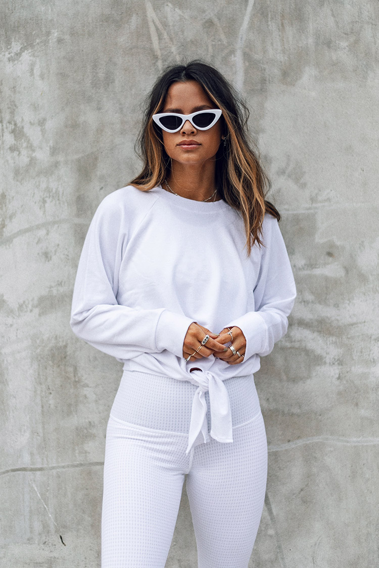 All White Outfit / White Sunglasses / Cute Activewear / Kelly Fiance Creative