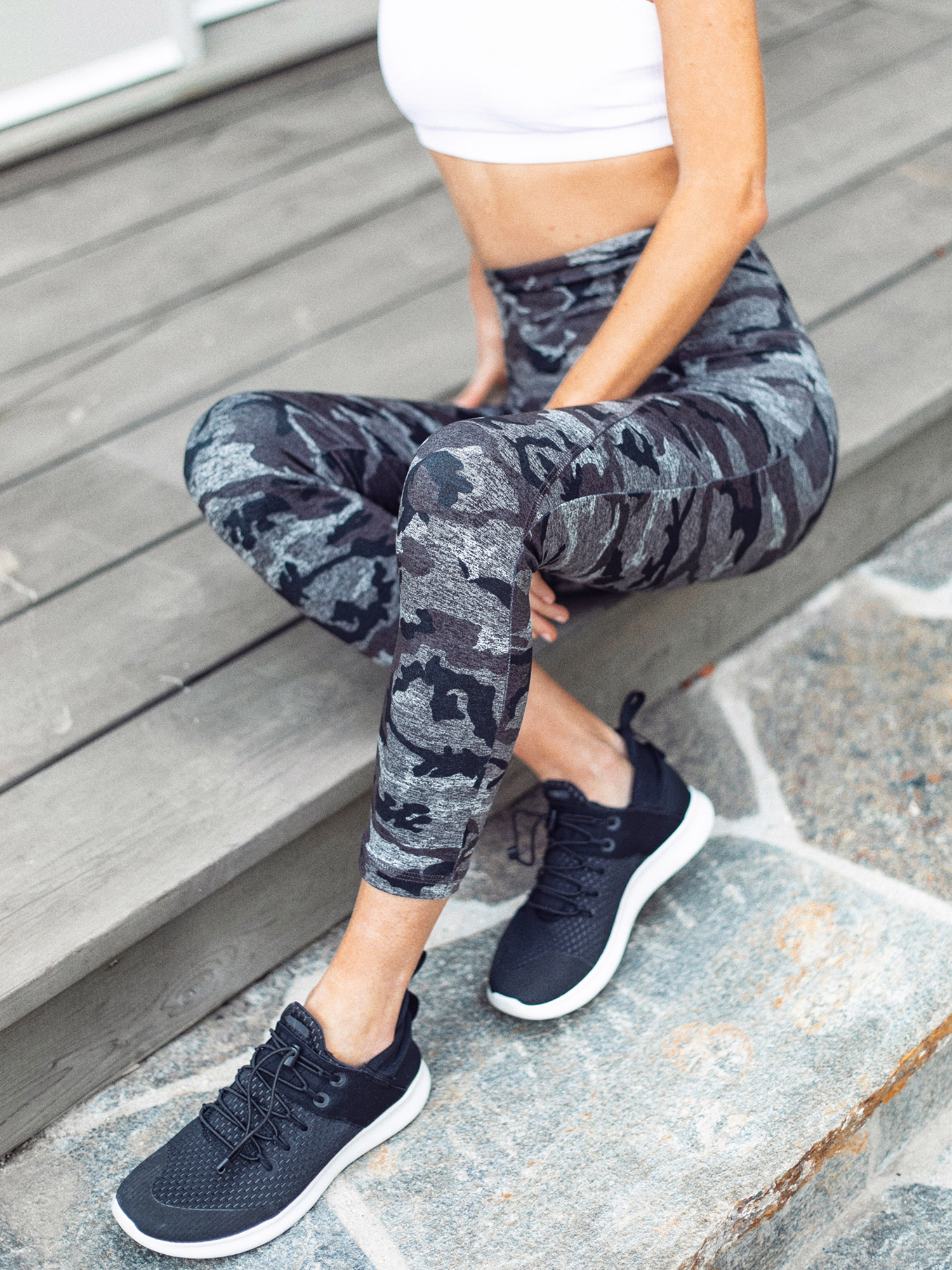 kelly-wirht-fiance-photography-cute-workout-clothes-strut-this-00029.jpg