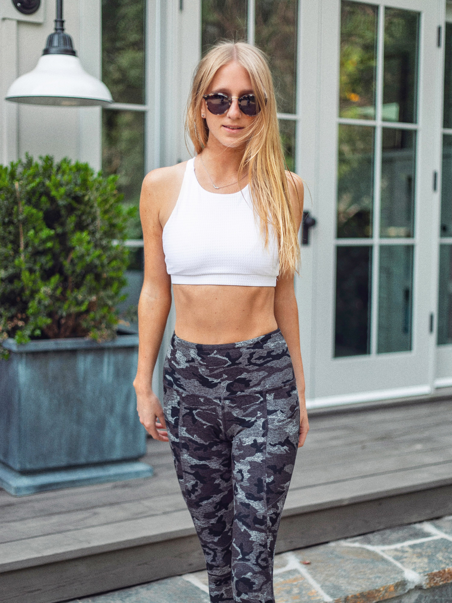 kelly-wirht-fiance-photography-cute-workout-clothes-strut-this-00030.jpg