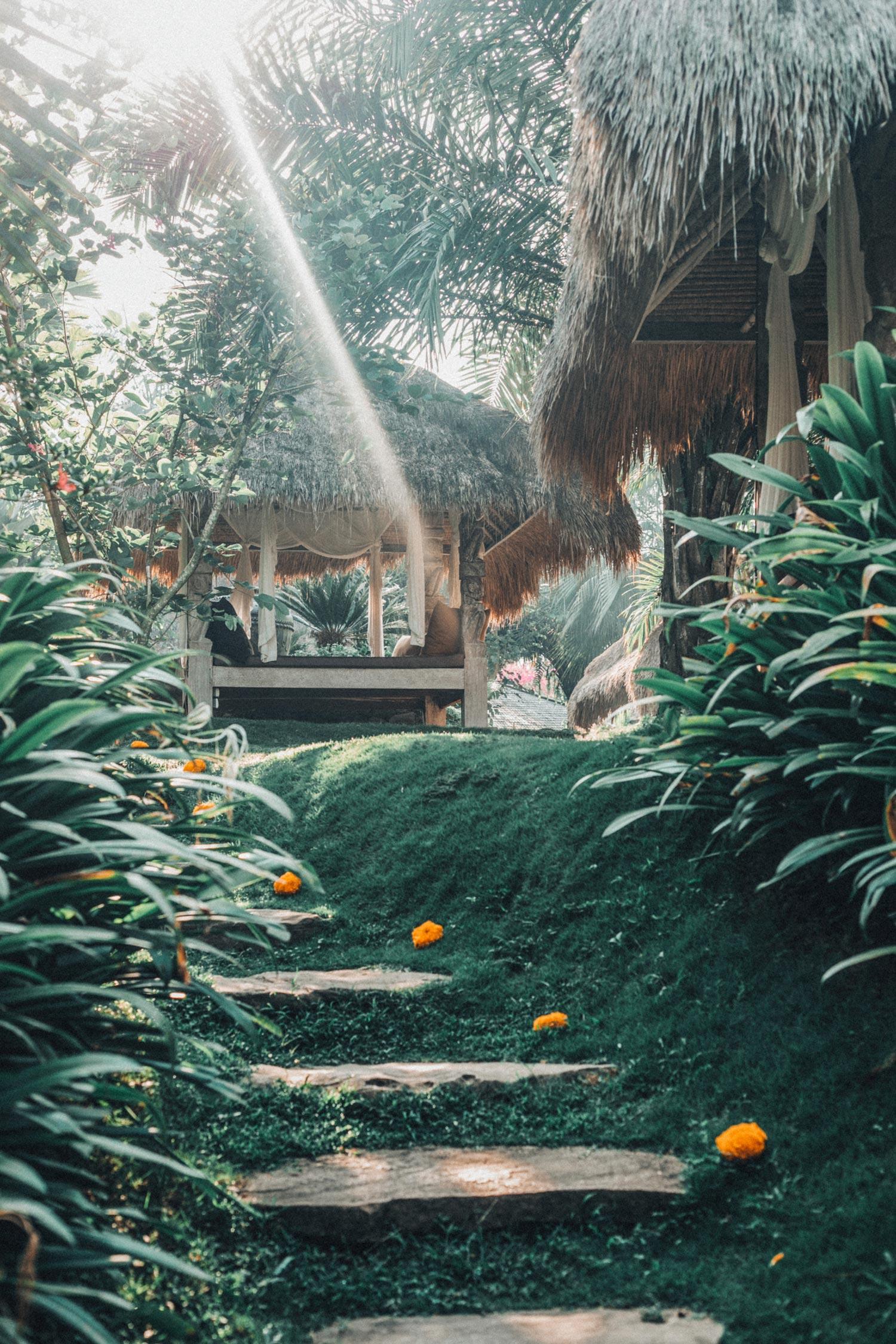 bali-indonesia-yoga-retreat-travel-photography-11.jpg
