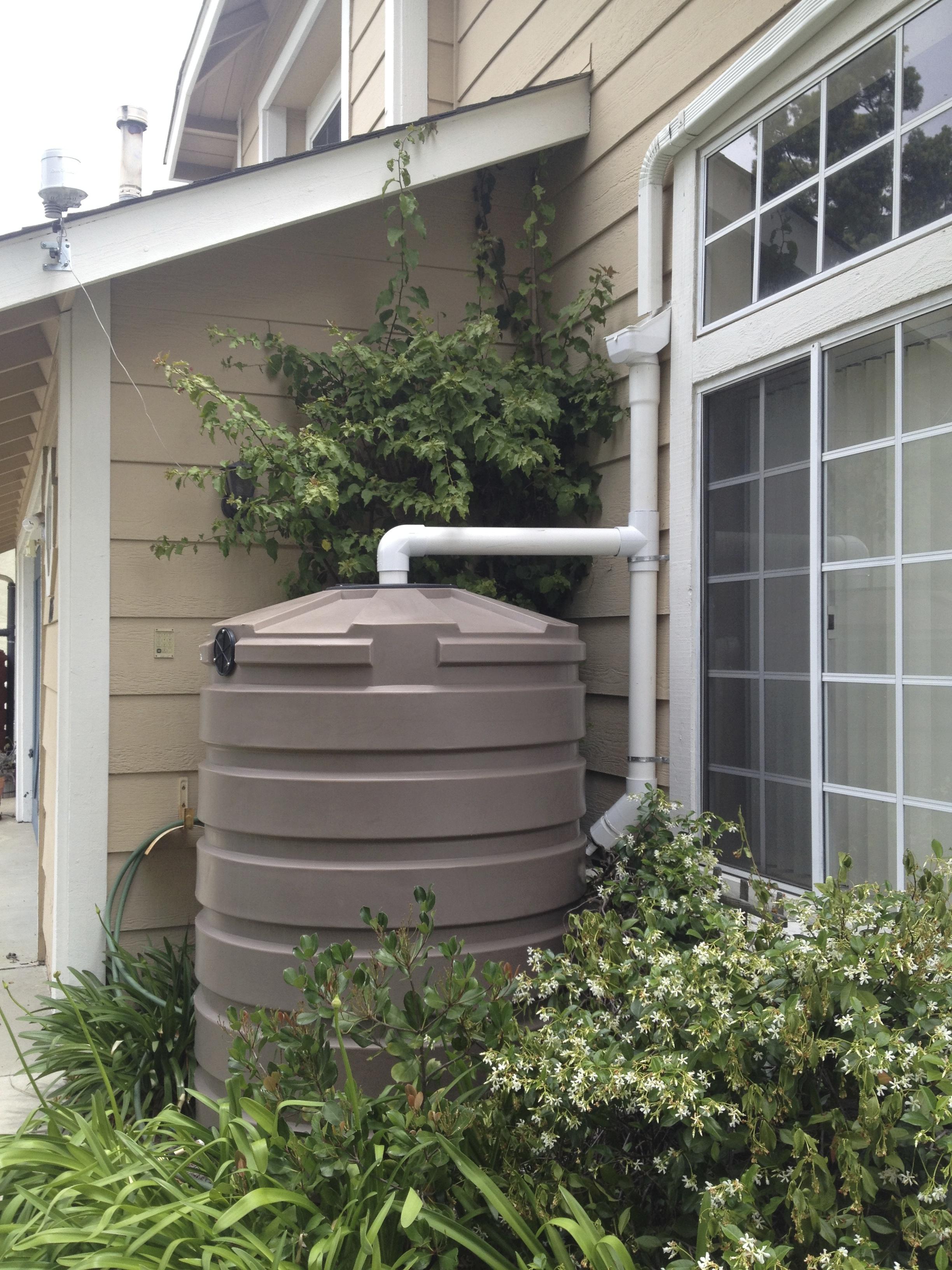 420 gallon Bushman Rainwater Tank
