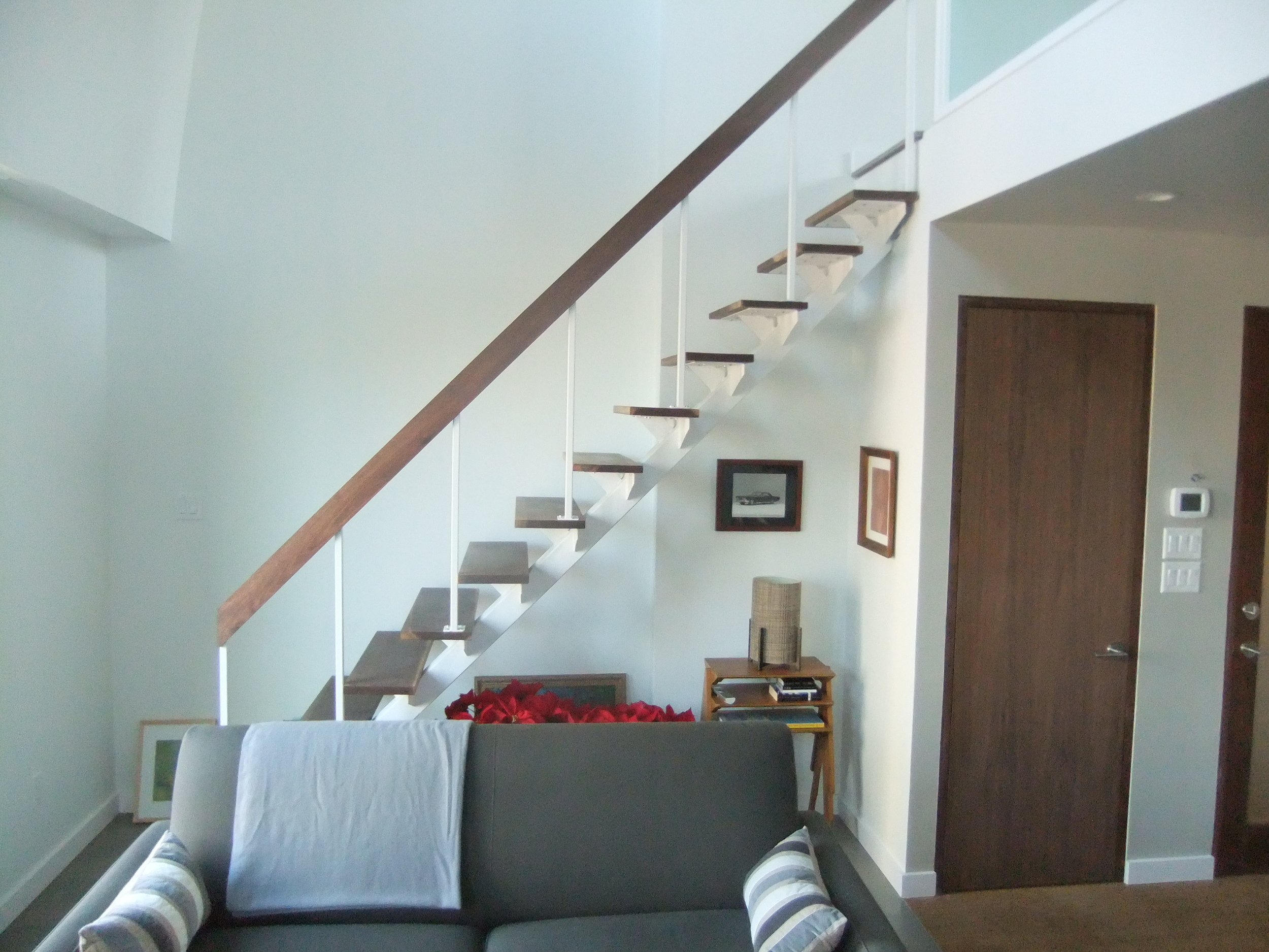 kitch-stairs1.JPG