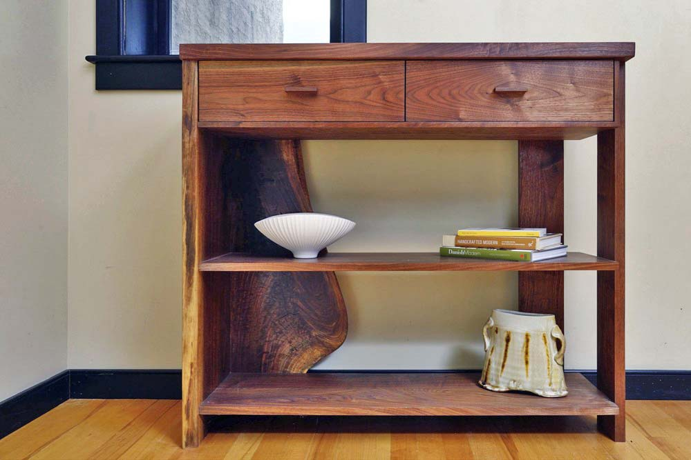 Modern walnut Kant console with drawers
