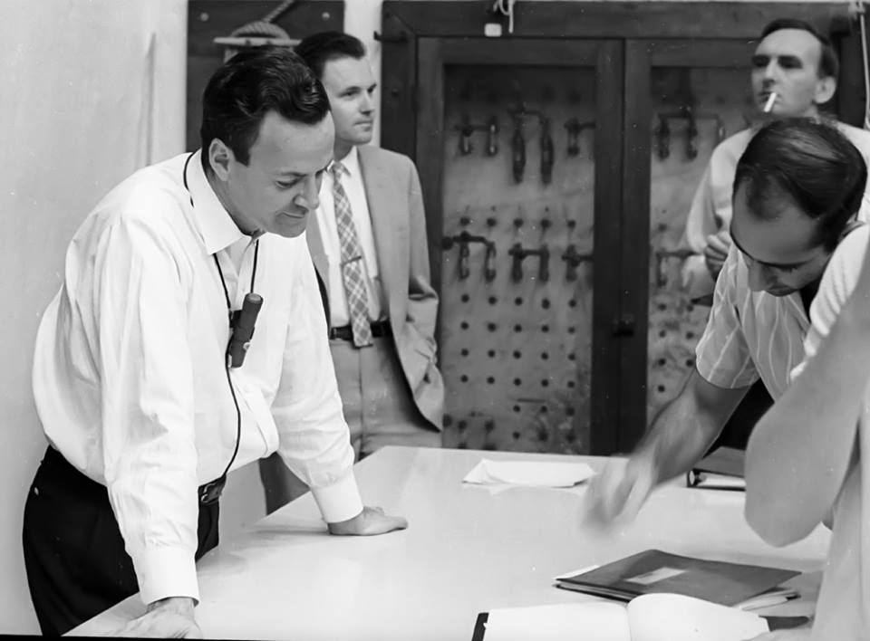 CALTECH | FEYNMAN LECTURES ON PHYSICS | VOL I