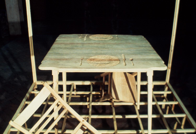 wood-sculpture-tom-gormally-mainspring-monument-detail.jpg