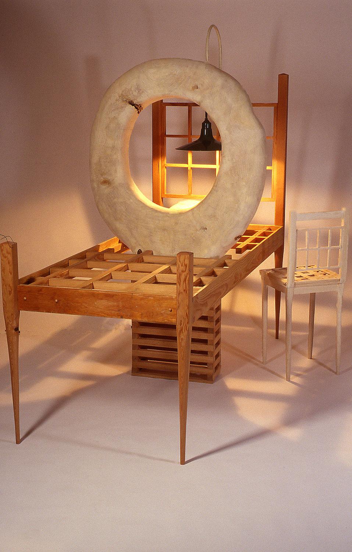 sculptor-tom-gormally-witness-large-sculpture-wood.jpg