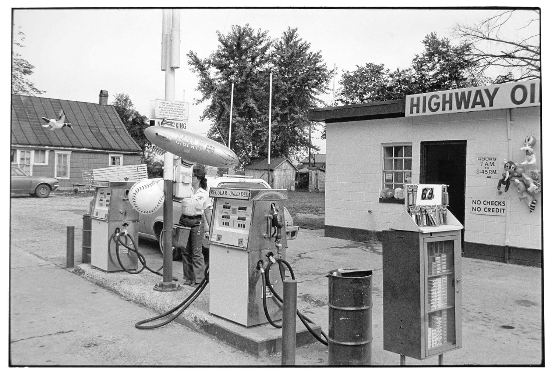 Gas Station-028-2.jpg