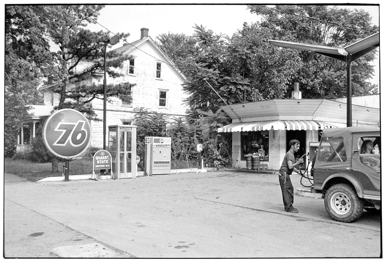 Gas Station-033-2.jpg