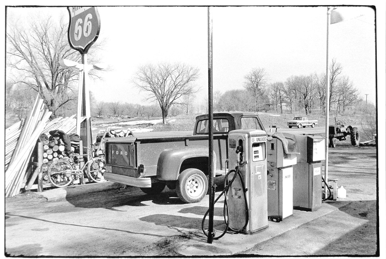 Gas Station-039-2.jpg
