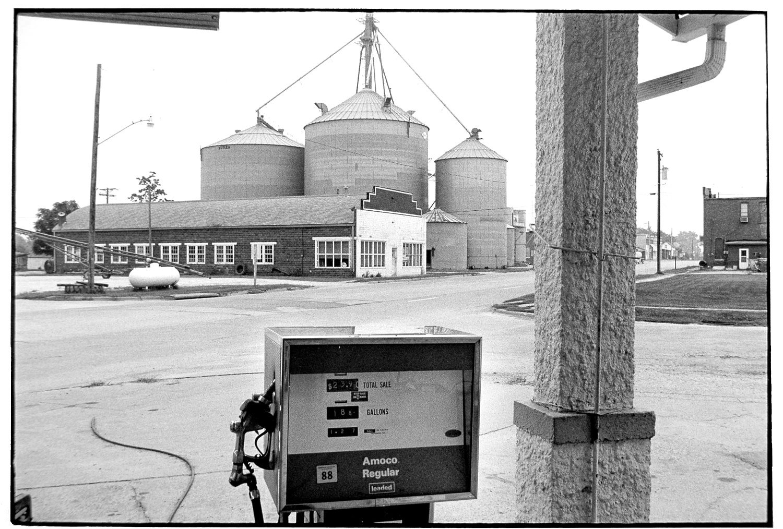 Gas Station-044-2.jpg
