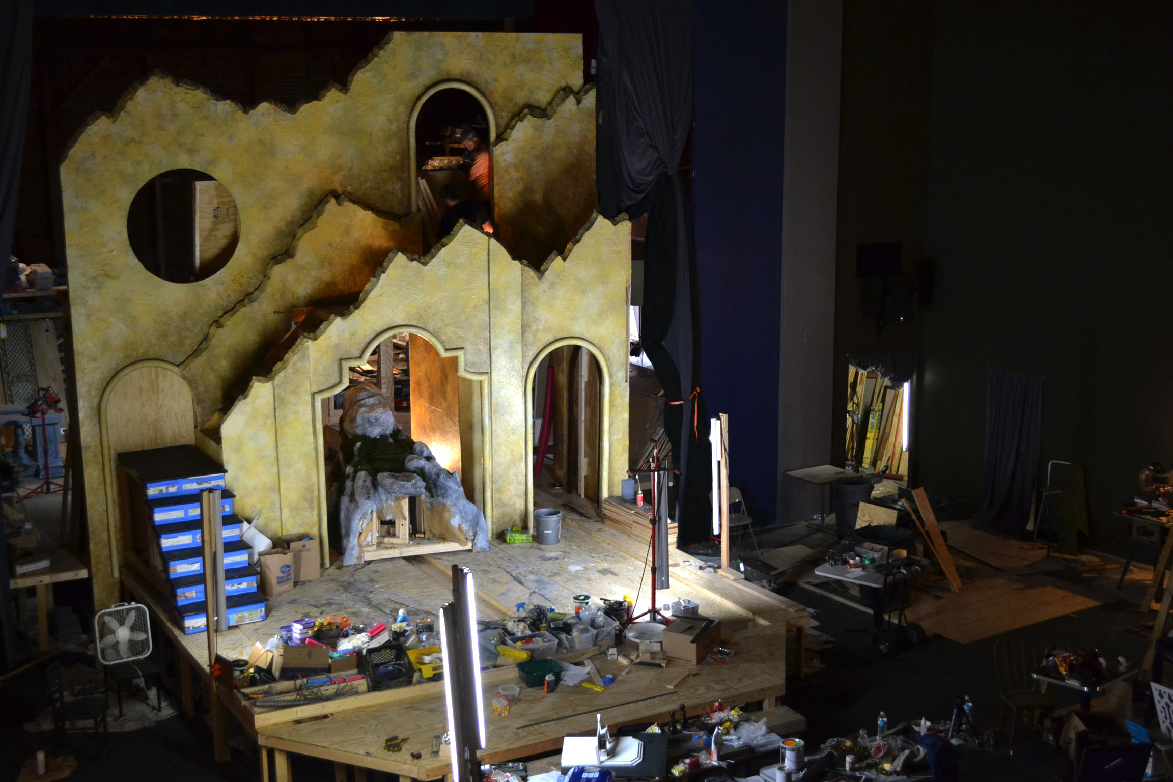 Set Construction in process.