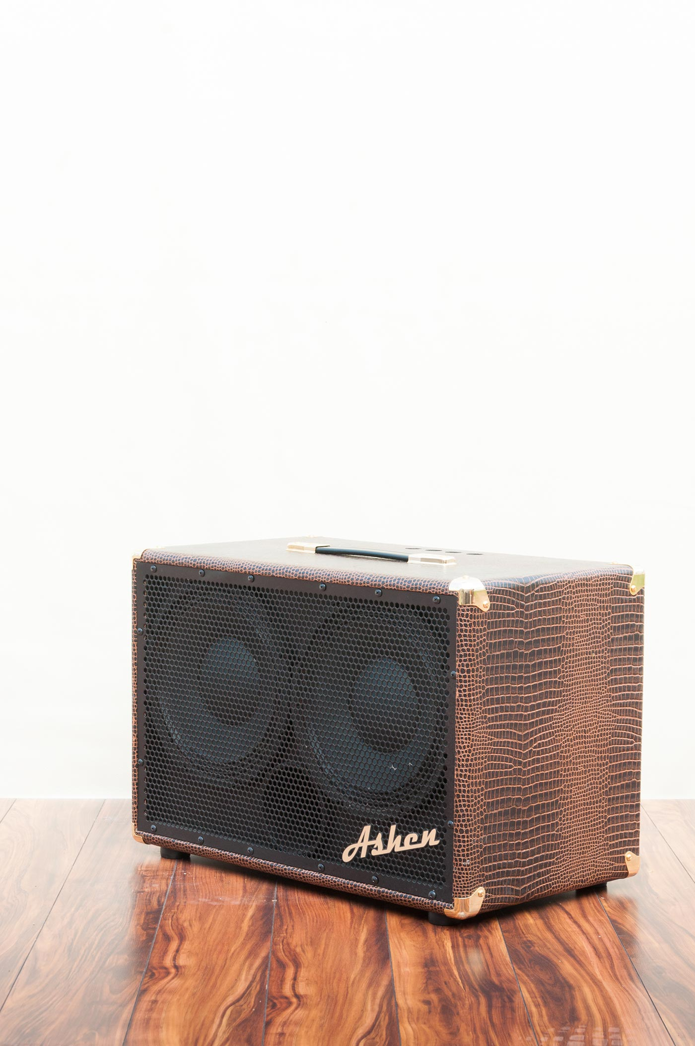 Ashen-Amps-Product-Shoot-14.jpg