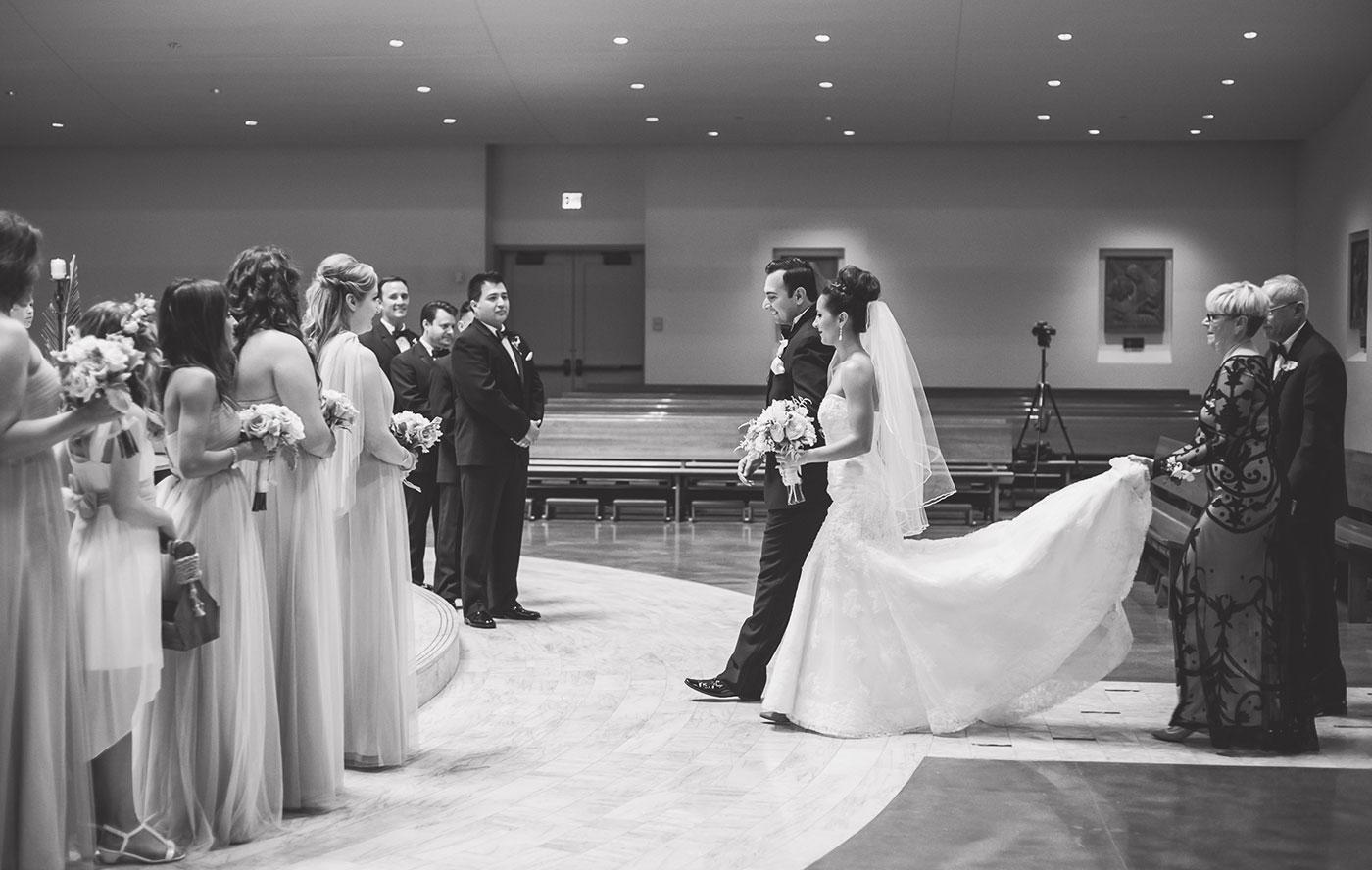 Monica-Oscar-Martinez-Wedding-155s.jpg