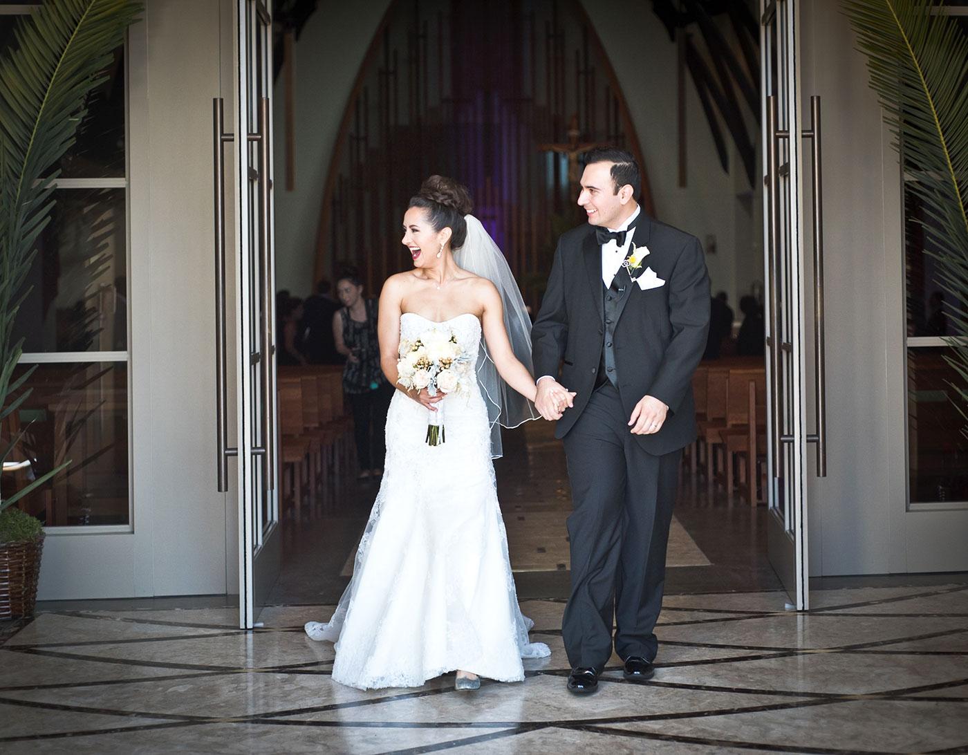 Monica-Oscar-Martinez-Wedding-215s.jpg