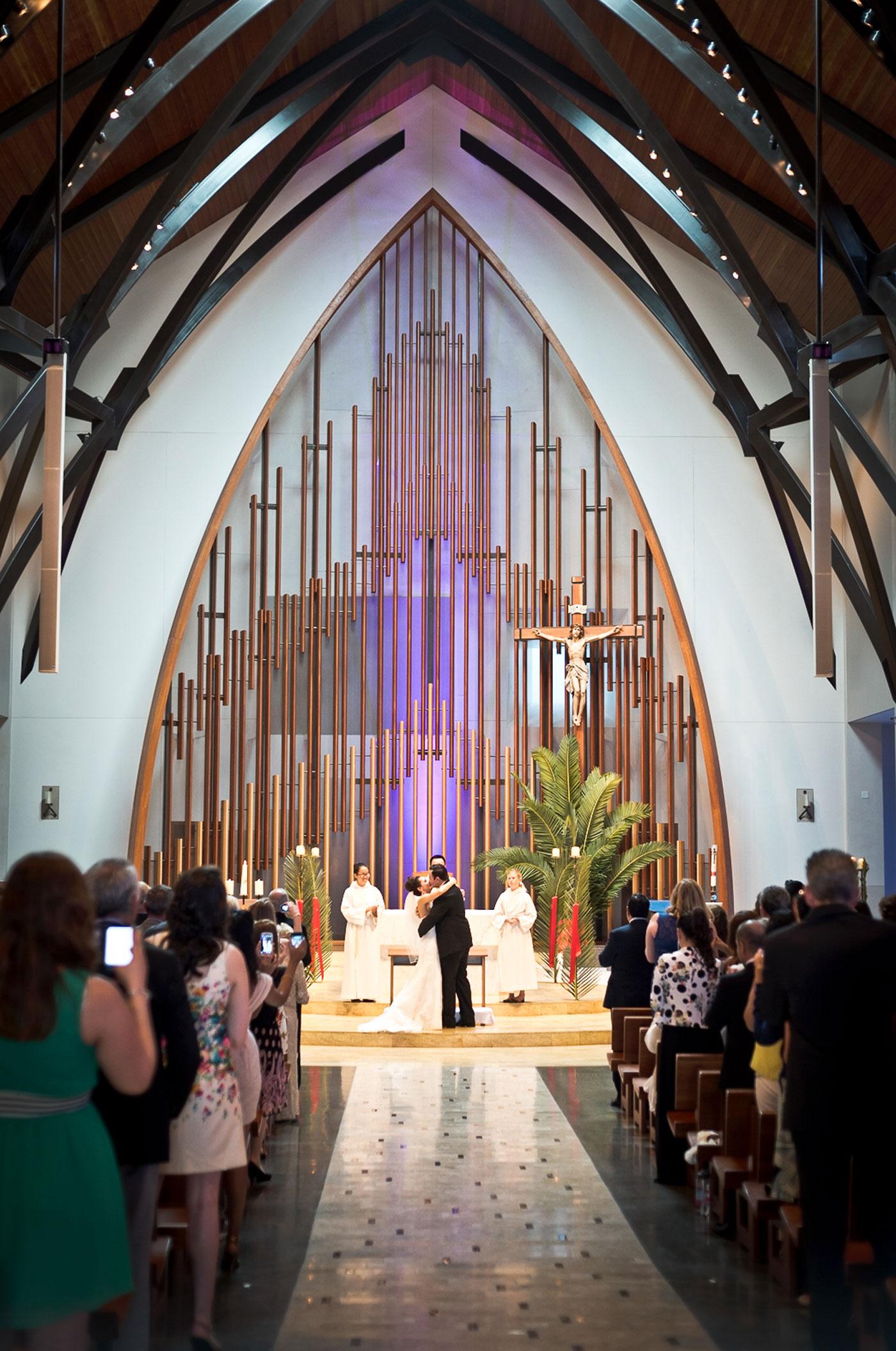 Monica-Oscar-Martinez-Wedding-207s.jpg