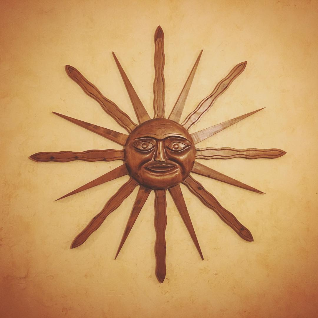 i-want-this-sun-sculpture-he-can-shine-in-my-house-all-day-anytime-woodcarving-at-theeagleinn-santabarbara-351365_23599711369_o.jpg