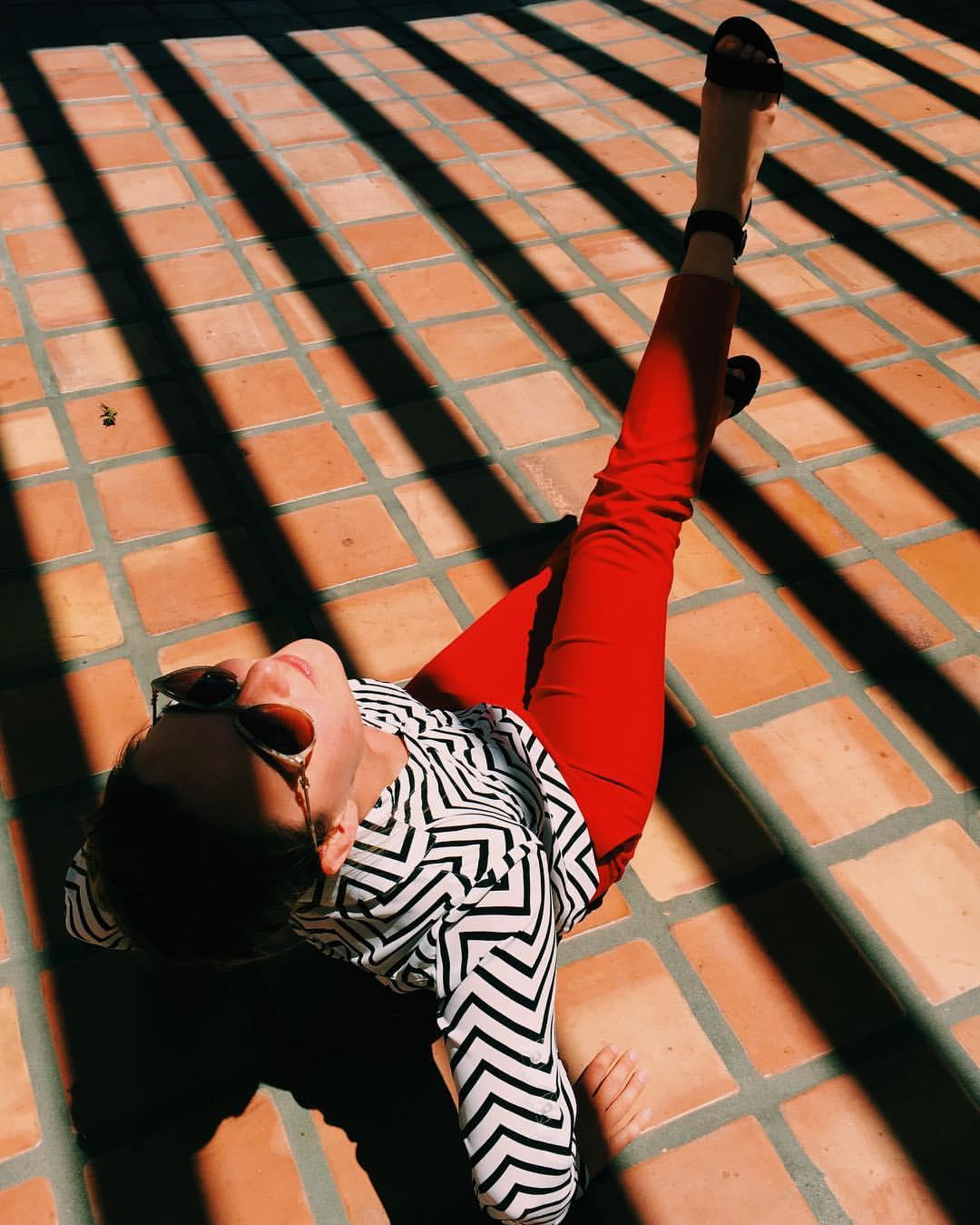 when-stacykeck-makes-you-look-fabulous-and-leggy-128366-fabulousbearisfabulous----laquintaresort-lines-shadow-werk-hard-play-hard-shadowwork-black-white-and-red-legsfordays-terracotta-palmsprings-laquinta-desert-desertvibes-model-s_27415714082_o.jpg