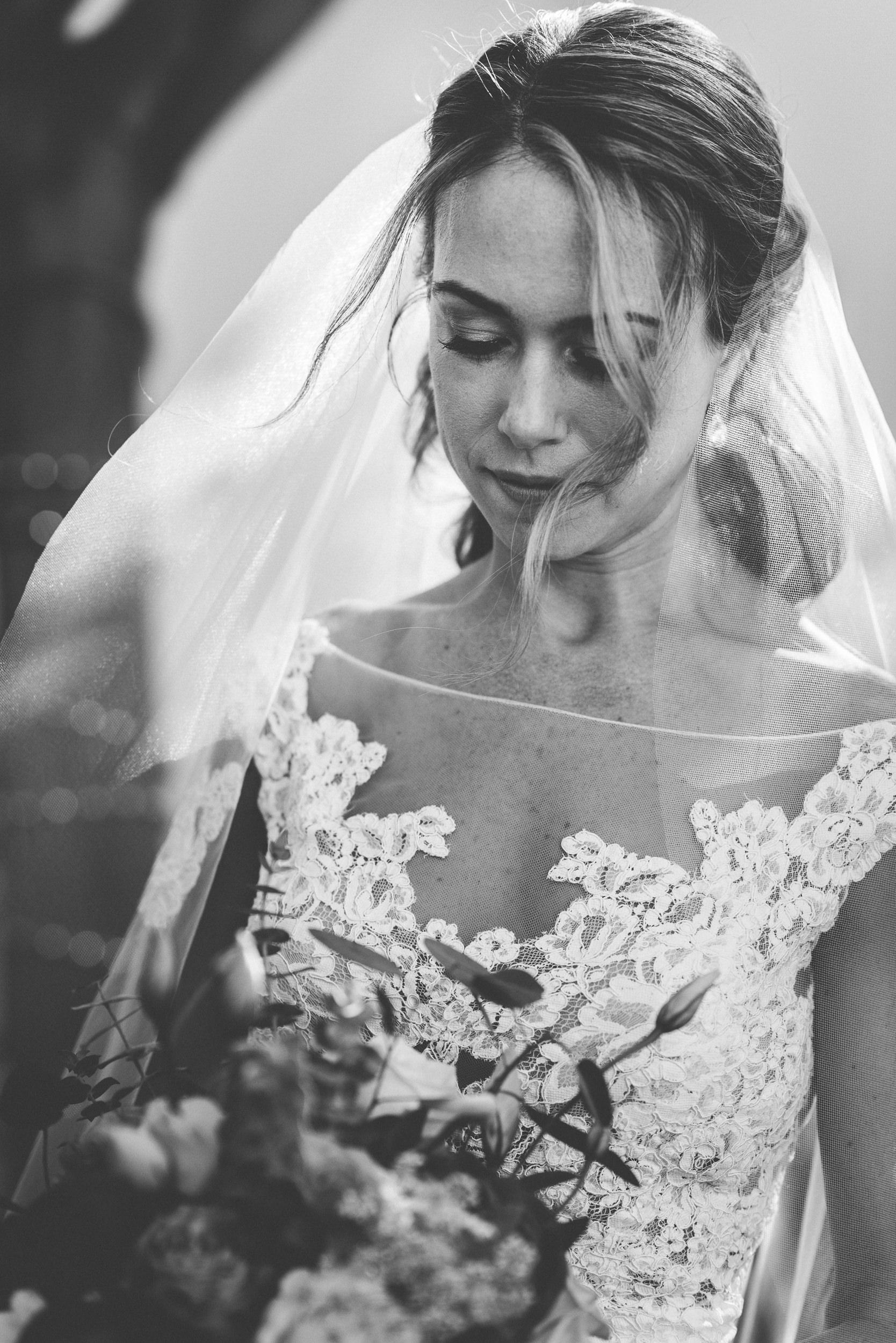 sL + E - Verandas Manhattan Beach - 04 Bridal Portraits-11.jpg