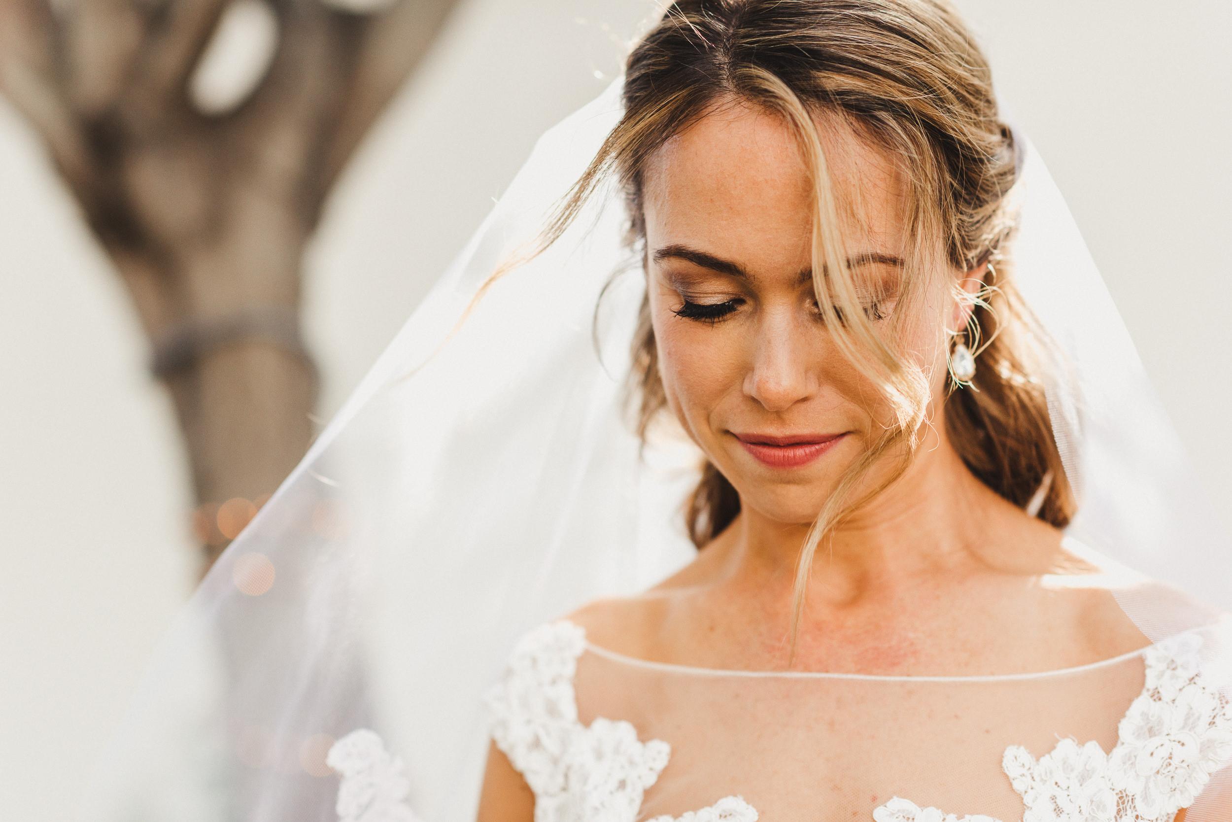 sL + E - Verandas Manhattan Beach - 04 Bridal Portraits-16.jpg