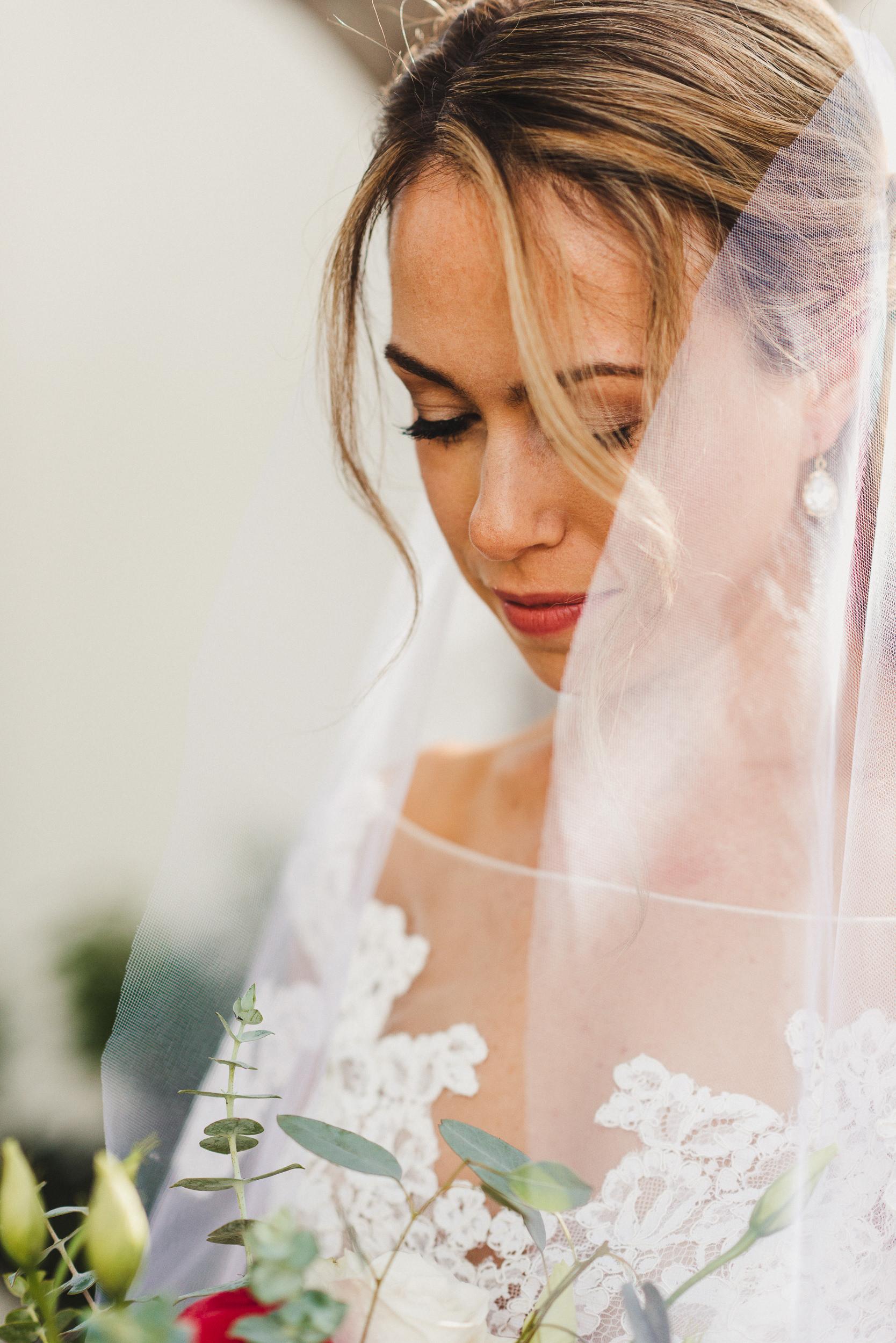 sL + E - Verandas Manhattan Beach - 04 Bridal Portraits-22.jpg
