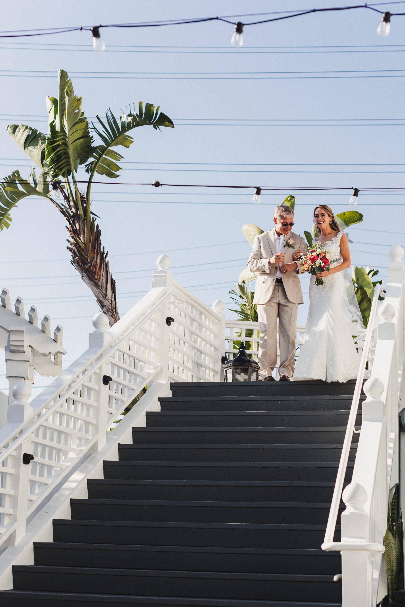 sL + E - Verandas Manhattan Beach - 06 Ceremony-3.jpg