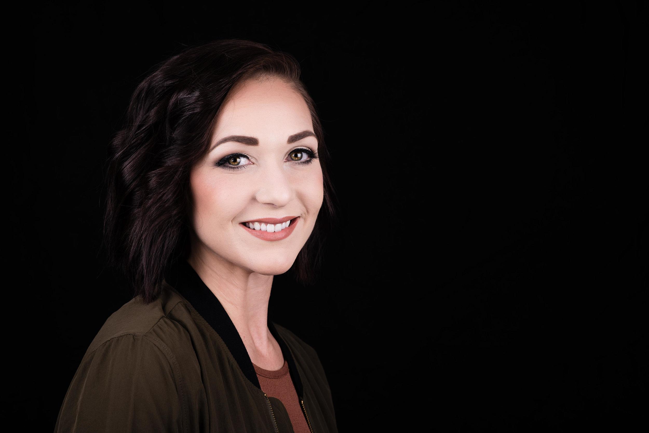 Professional Portraits - Professional Photos and Headshots for Passport, LinkedIn, Resume, etc