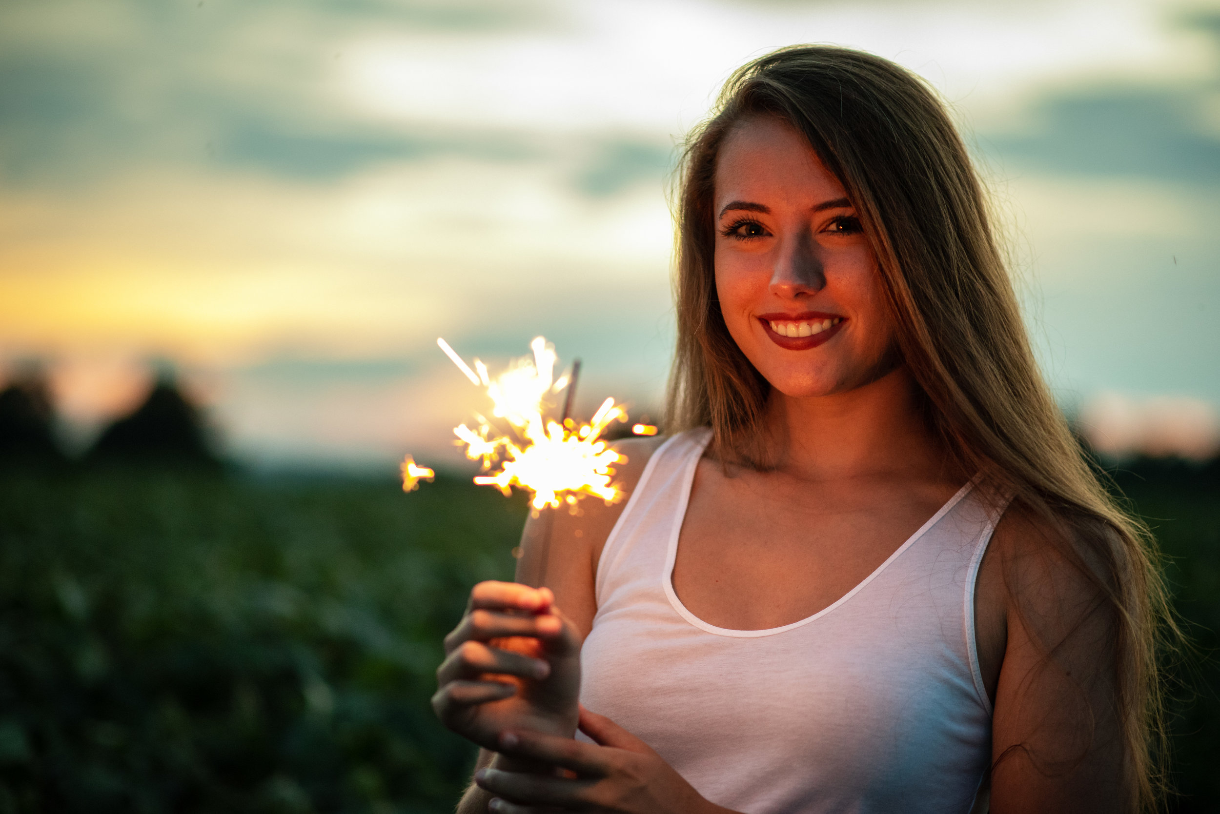Sunsets_And_Sparklers-8.jpg