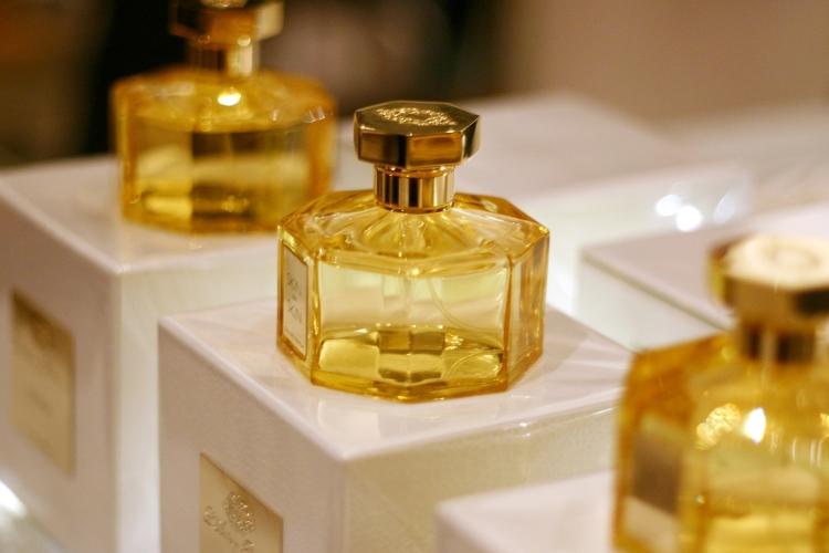 lartisan parfumeur explosions demotion