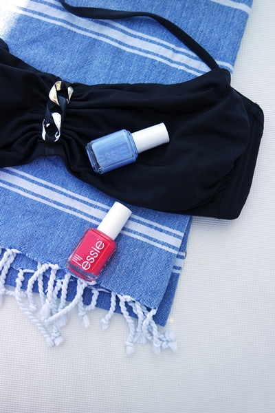 Calzedonia bikini top and a blue cotton towel from Sicily.