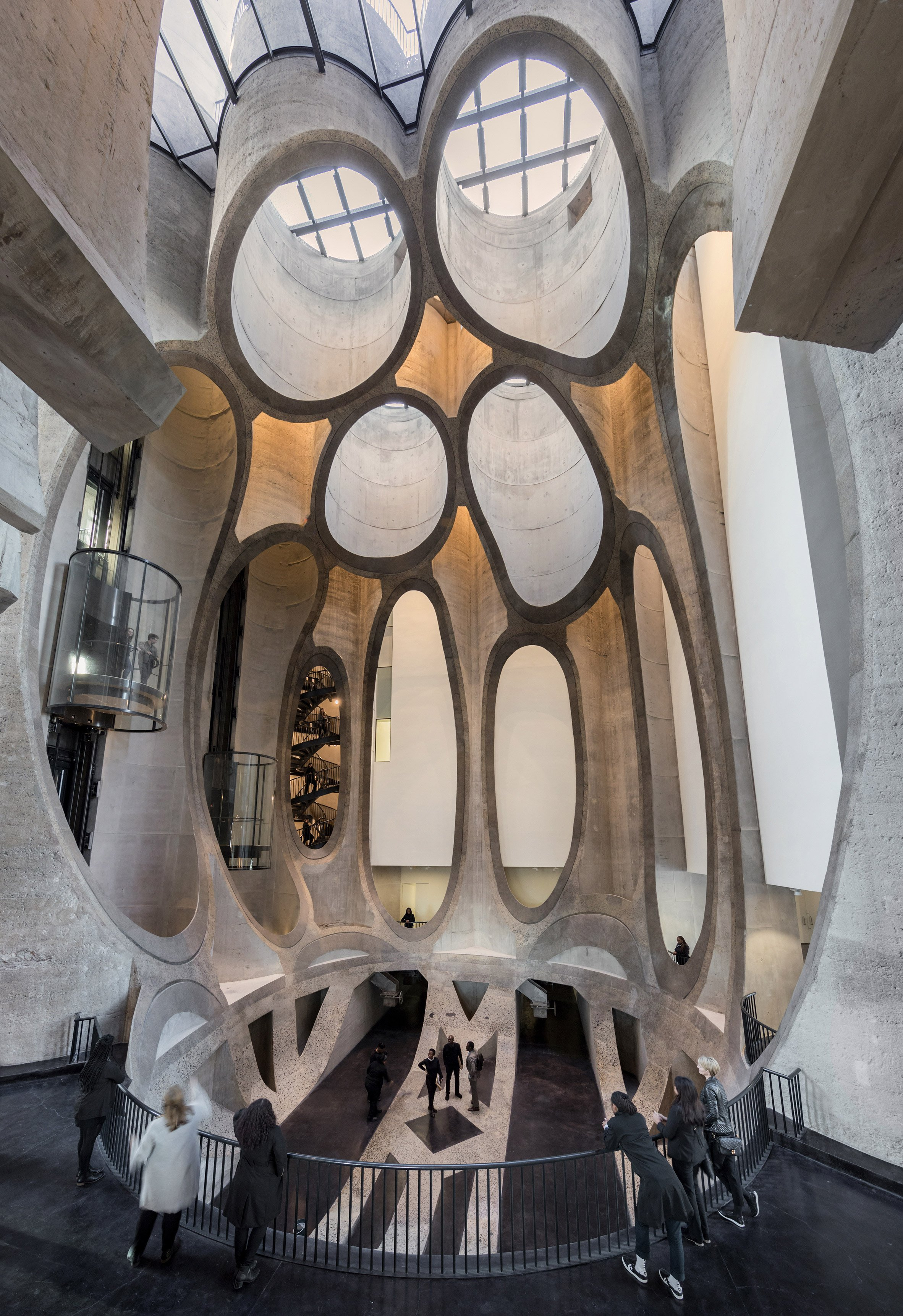 heatherwick-architecture-cultural-galleries-v-and-a-south-africa-interior_dezeen_2364_col_0.jpg
