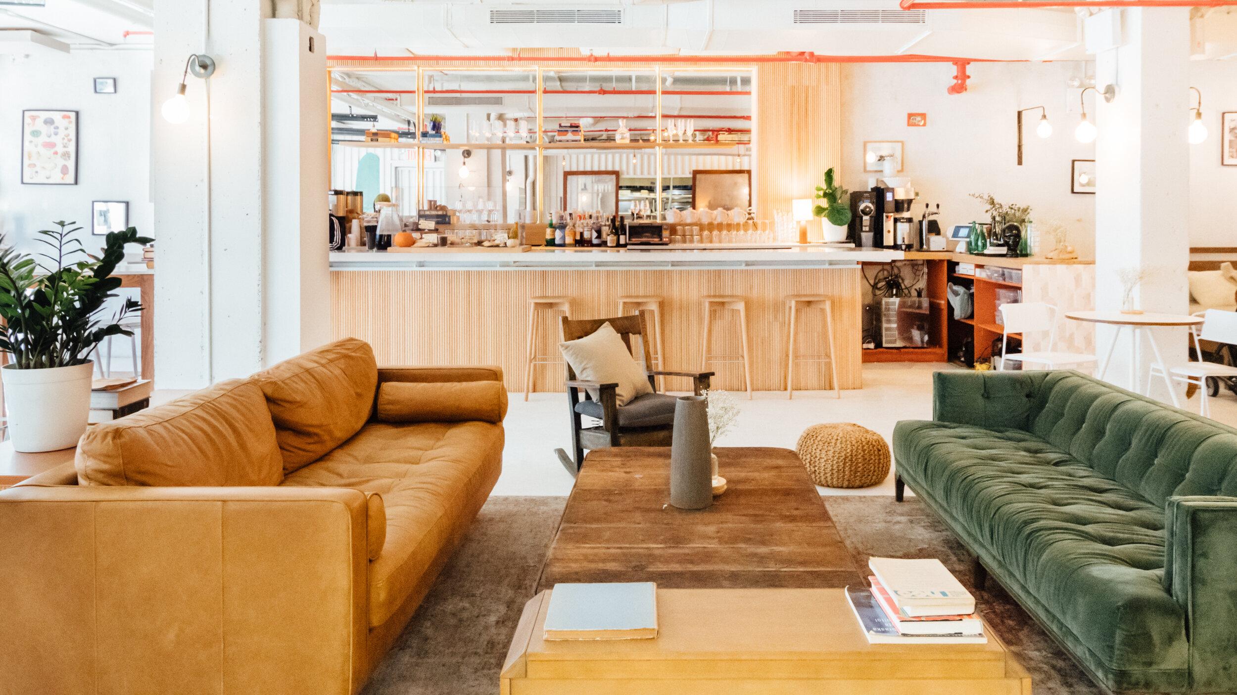 Etiquette_Lounge 1.jpg