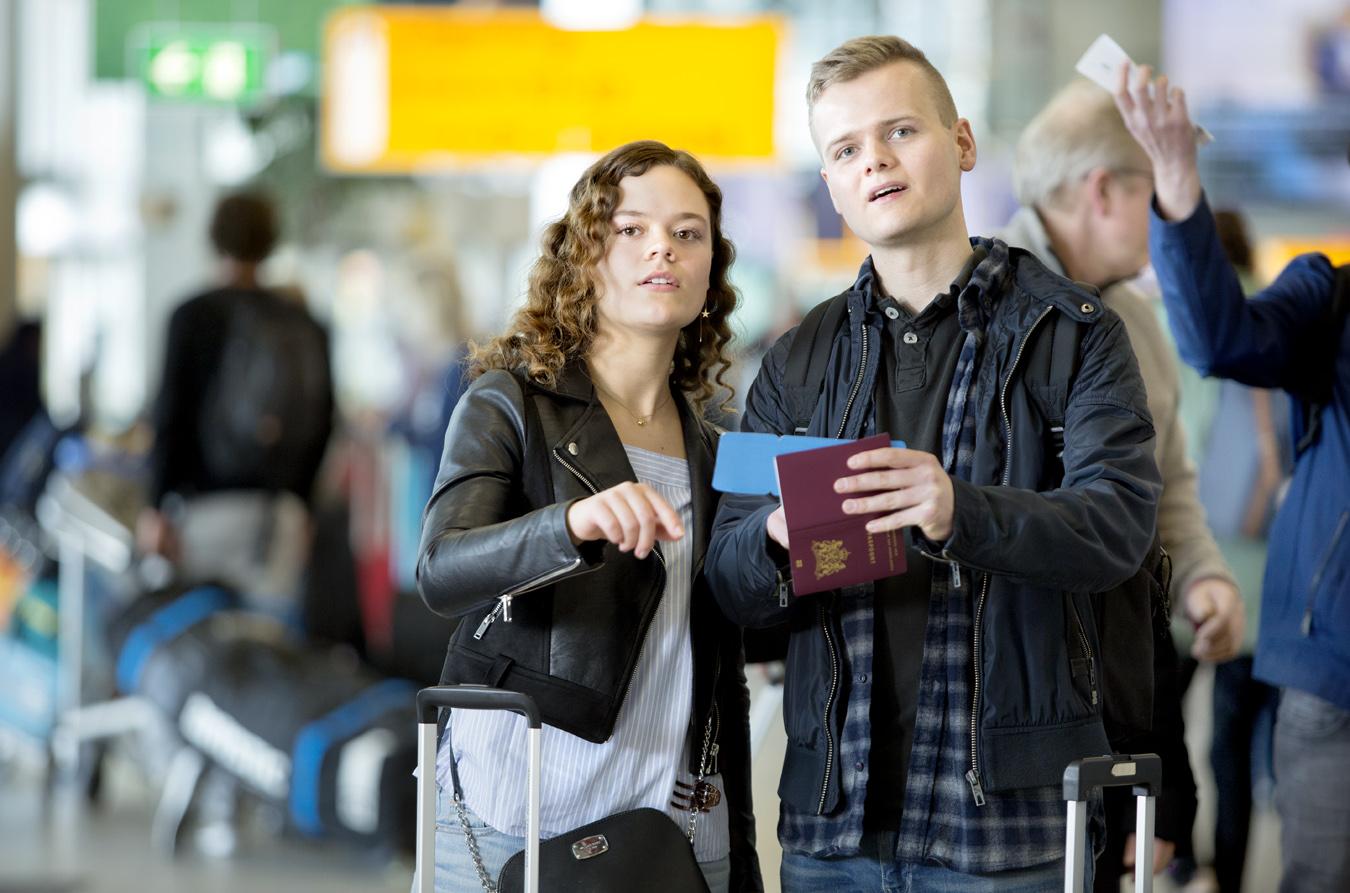 Students from ASML depart from Schiphol.   Use: Online & advertising   Cliënt: ASML / Leo Burnett