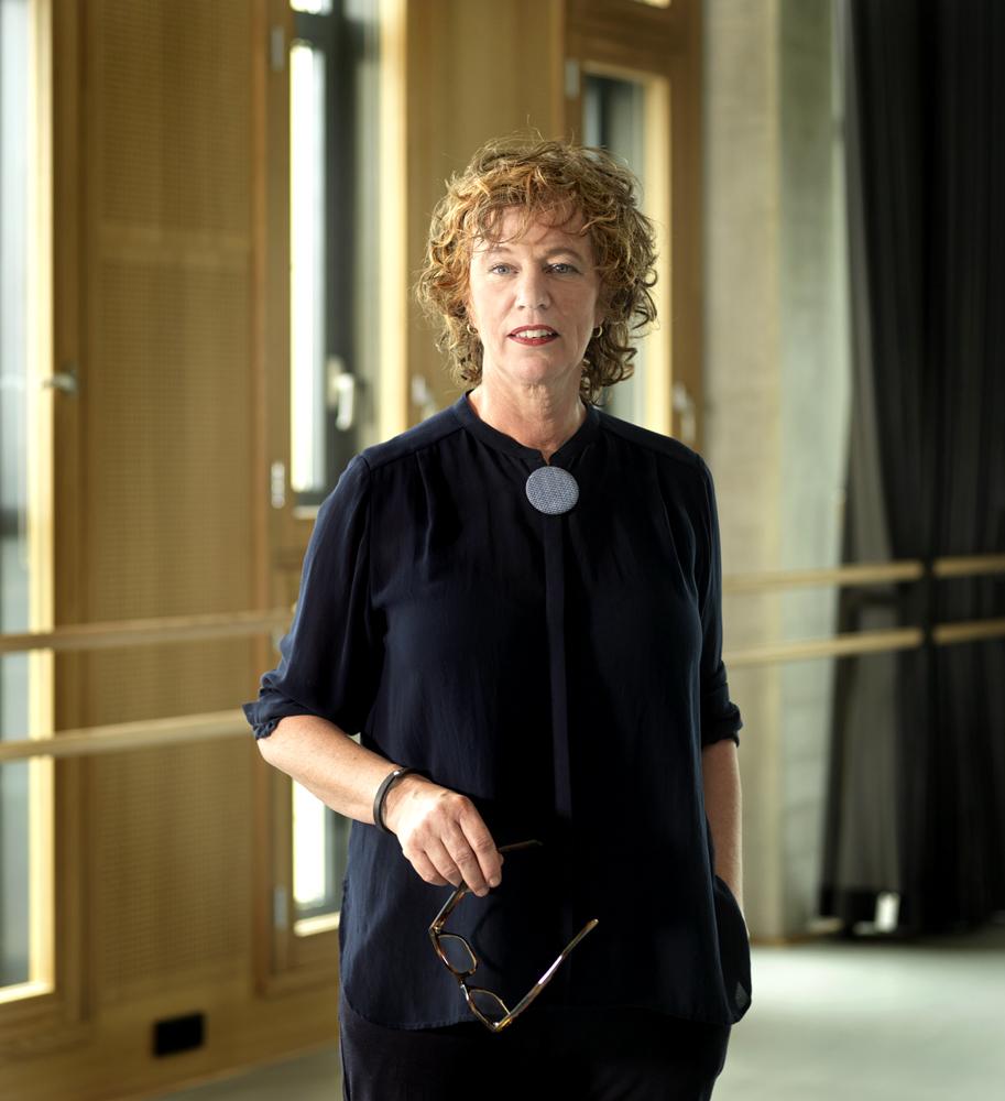 Nelleke Verweij, theater    Client: Beter Horen