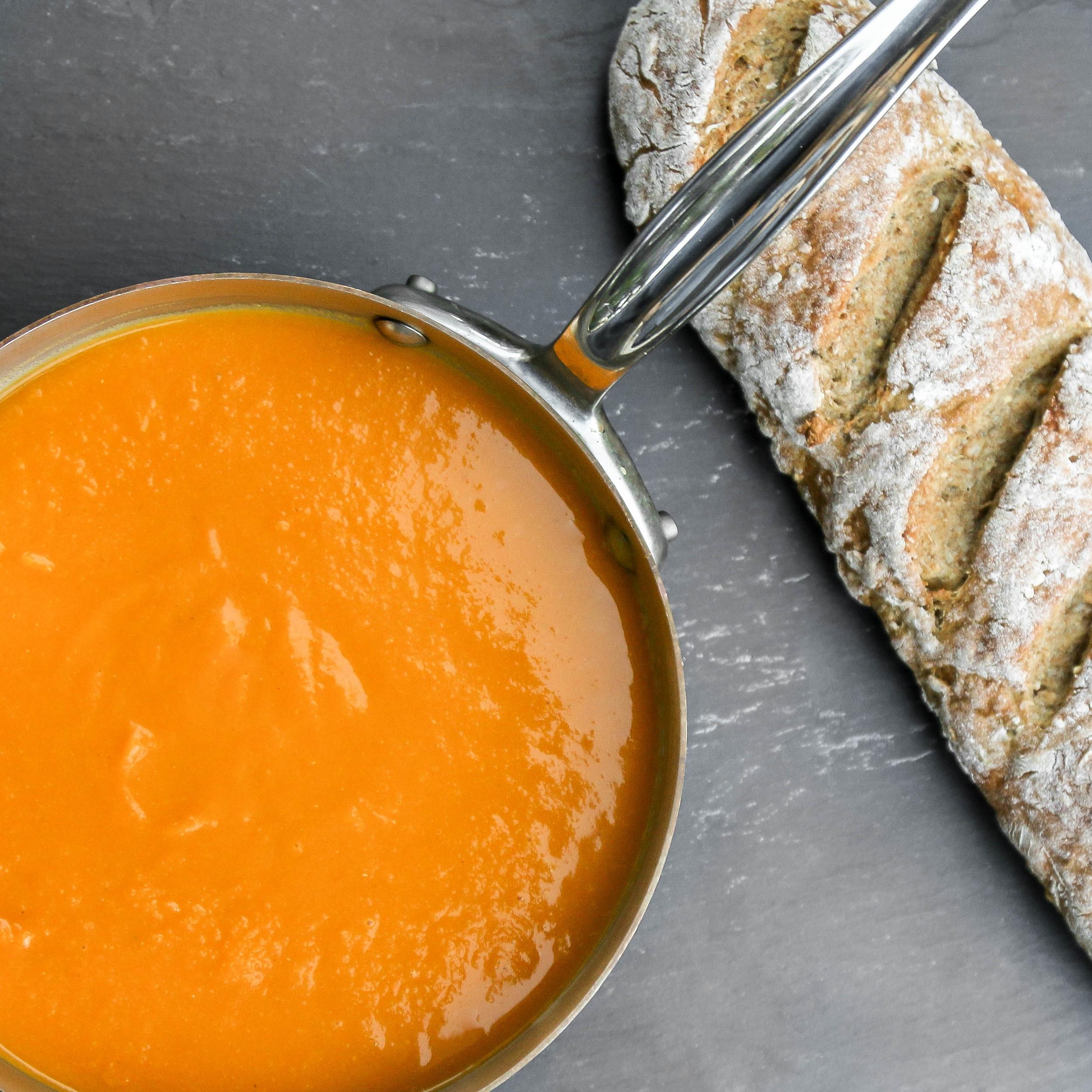 roasted garlic butternut soup.jpeg