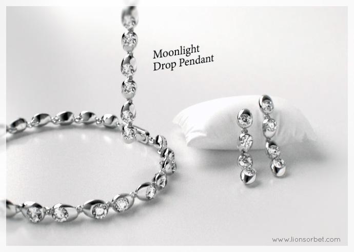 Moonlight_pendant_rol_01