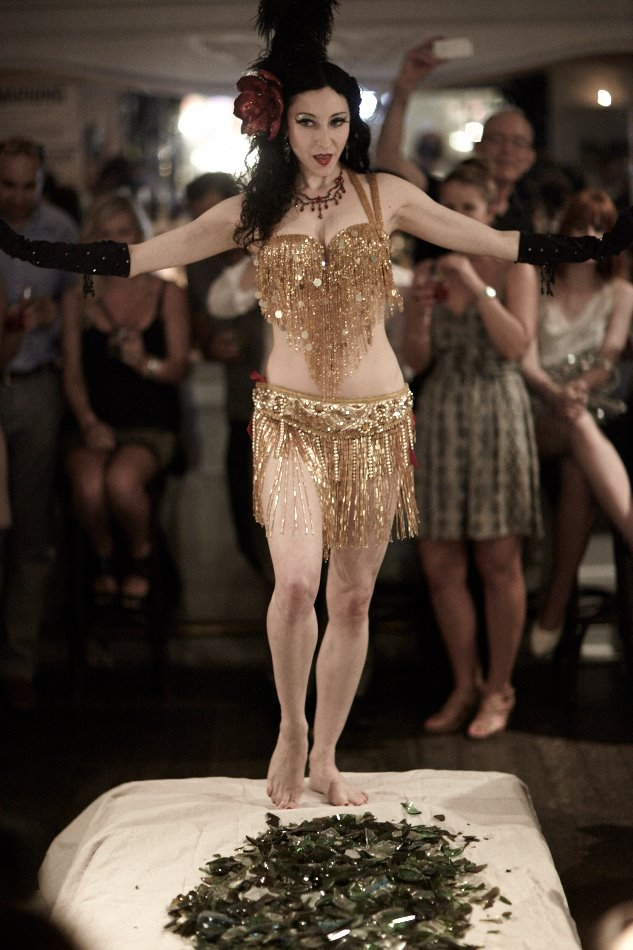 Glasswalker Showgirl / Photo: Ben Goldstein