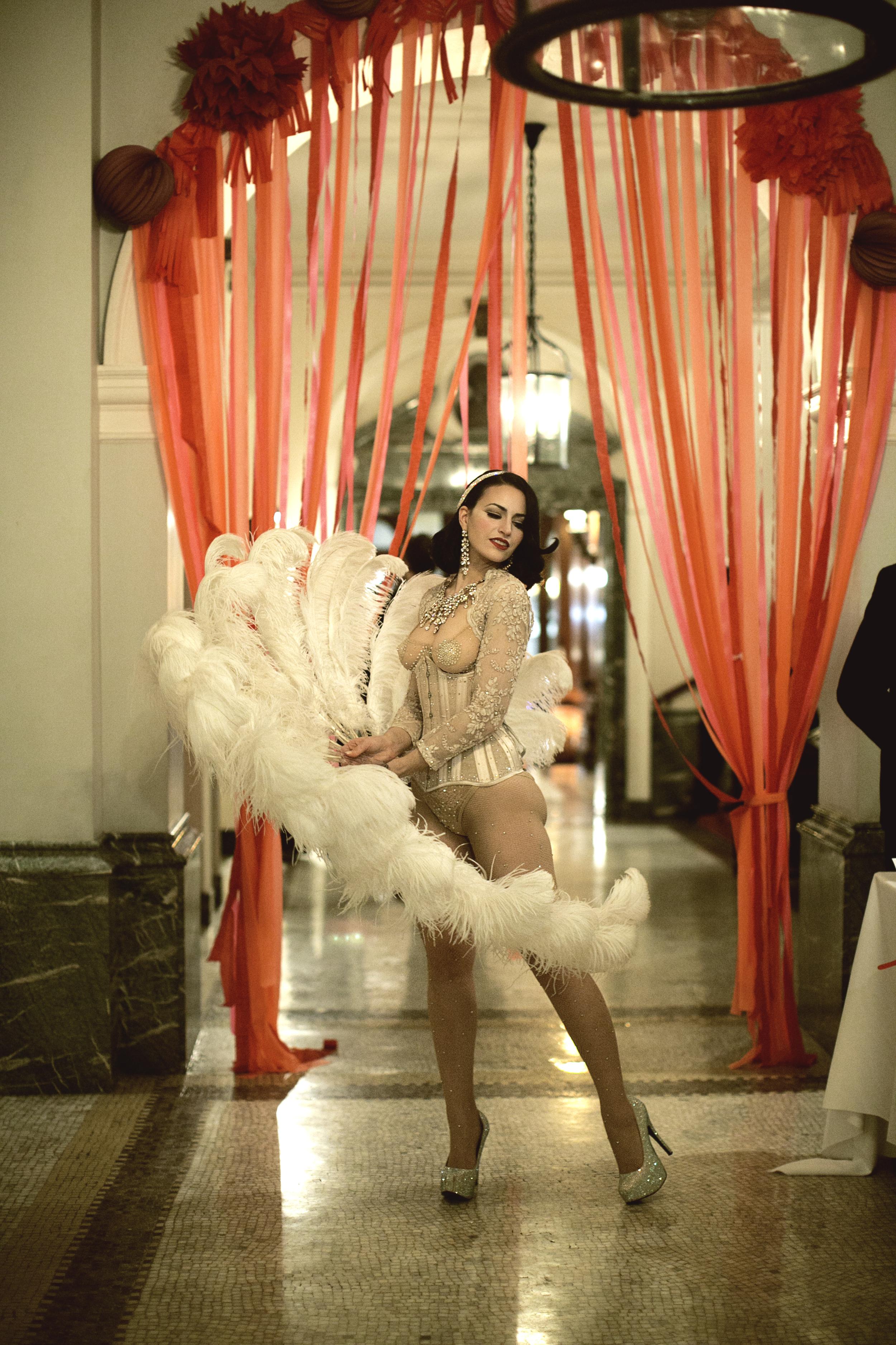 Feather Fan Showgirl