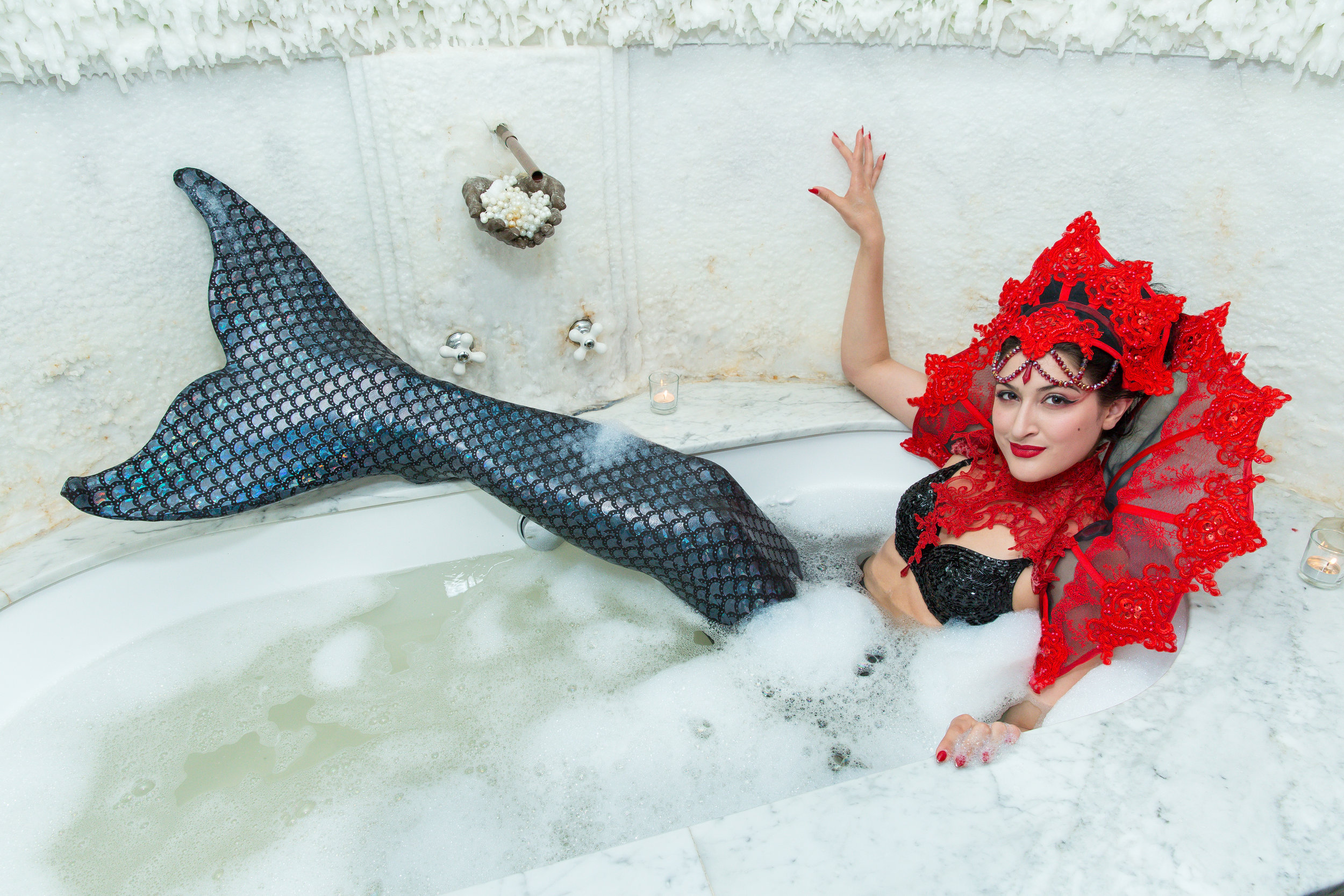 Mermaids love a good bubble bath! / Photo: Eric Vitale
