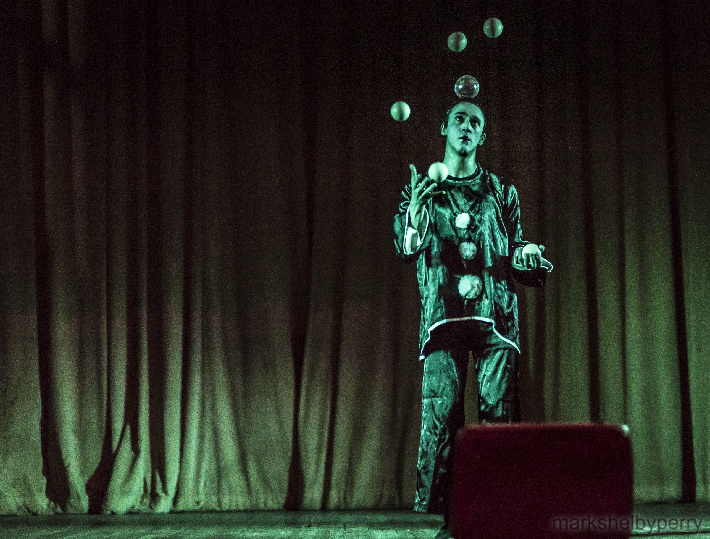 Juggling Mime | Venetian Valentine