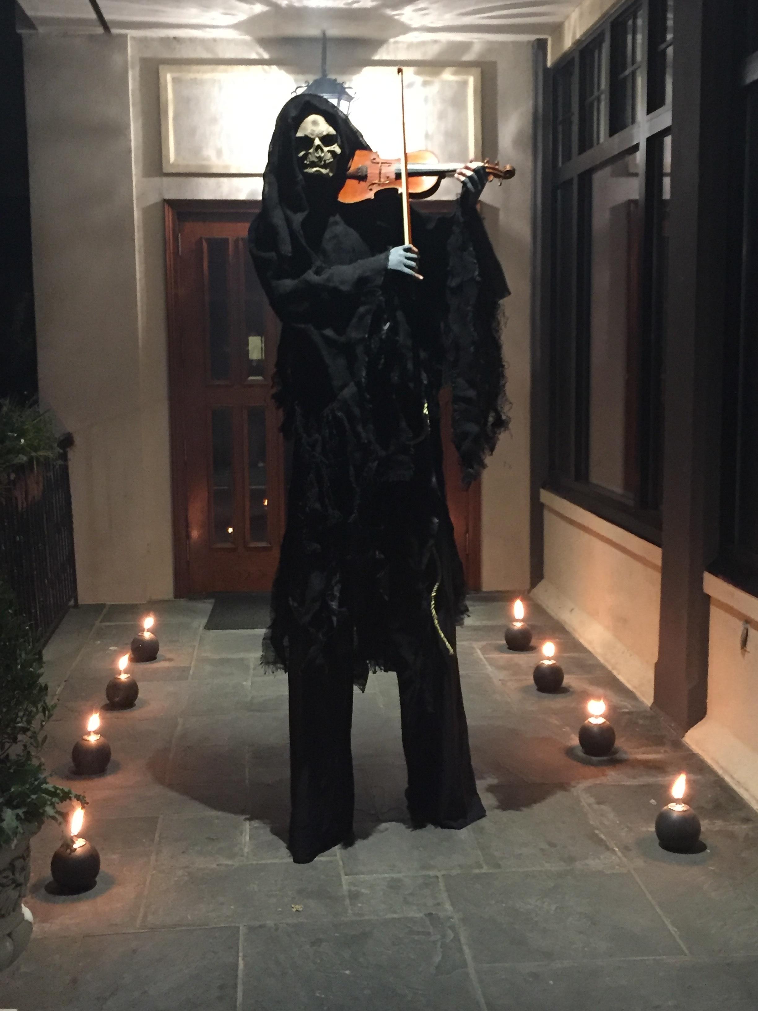 Grim Reaper Stilt Violinist