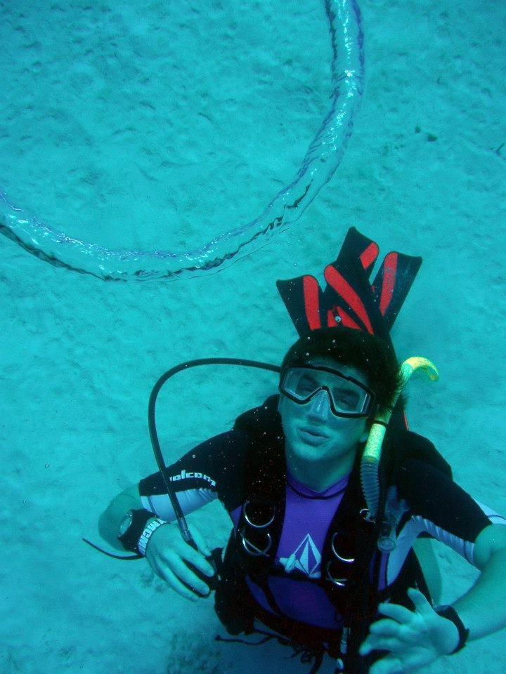 Underwater Scuba Divers