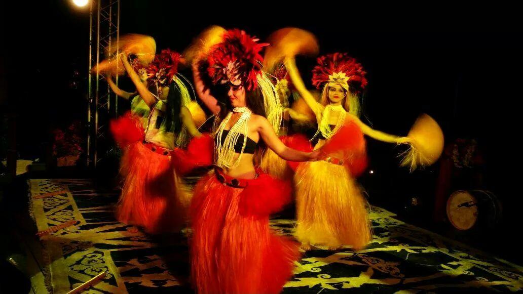 Polynesian Hula Dancers
